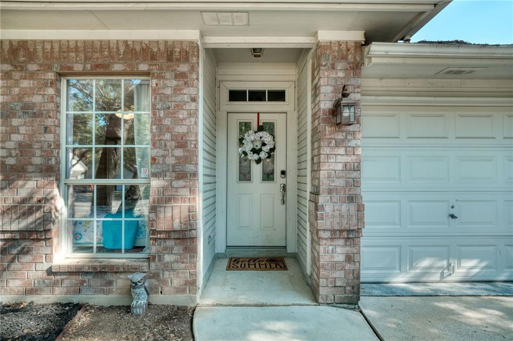Closed   715 Spring Hollow Drive Leander, TX 78641 3