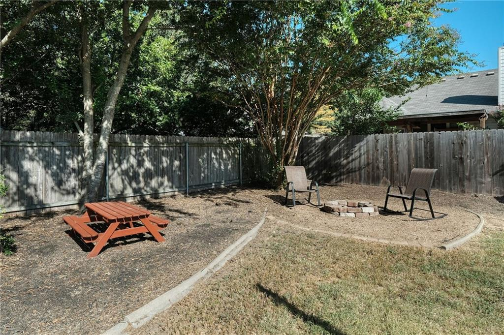 Closed   715 Spring Hollow Drive Leander, TX 78641 23