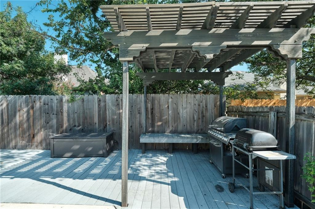 Closed   715 Spring Hollow Drive Leander, TX 78641 24