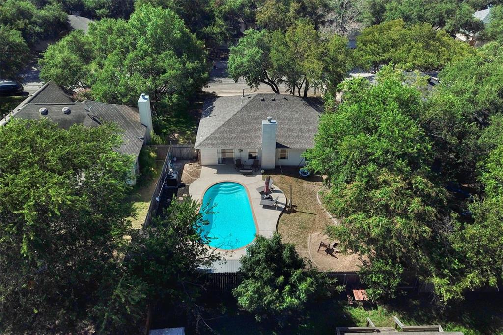 Closed   715 Spring Hollow Drive Leander, TX 78641 25