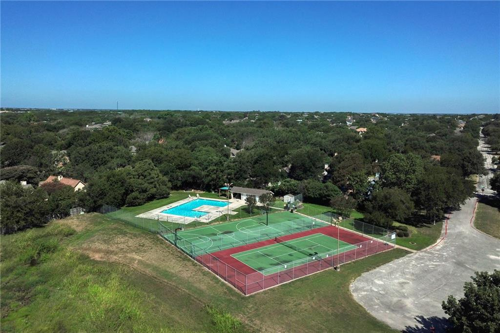 Closed   715 Spring Hollow Drive Leander, TX 78641 29
