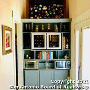 Active Option | 202 HELENA ST San Antonio, TX 78204 9