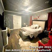 Active Option | 202 HELENA ST San Antonio, TX 78204 21