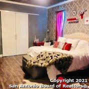 Active Option | 202 HELENA ST San Antonio, TX 78204 39