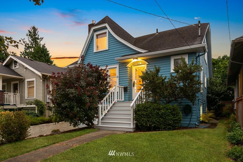 Sold Property | 819 NE 58th Street Seattle, WA 98105 1