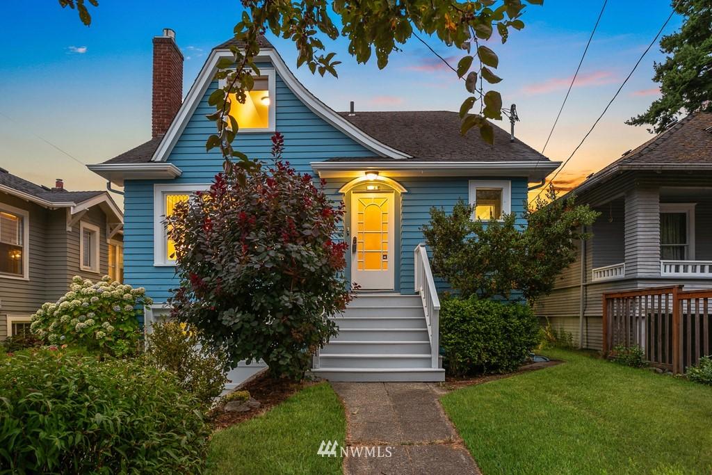 Sold Property | 819 NE 58th Street Seattle, WA 98105 0