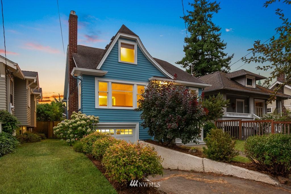 Sold Property | 819 NE 58th Street Seattle, WA 98105 2