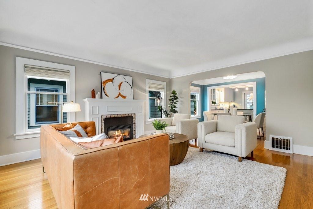 Sold Property | 819 NE 58th Street Seattle, WA 98105 5