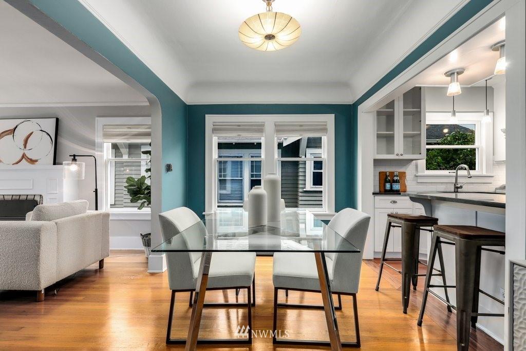 Sold Property | 819 NE 58th Street Seattle, WA 98105 8