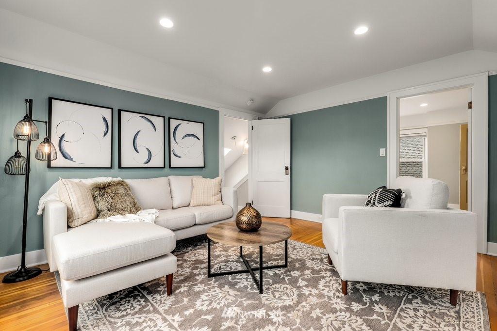 Sold Property | 819 NE 58th Street Seattle, WA 98105 15