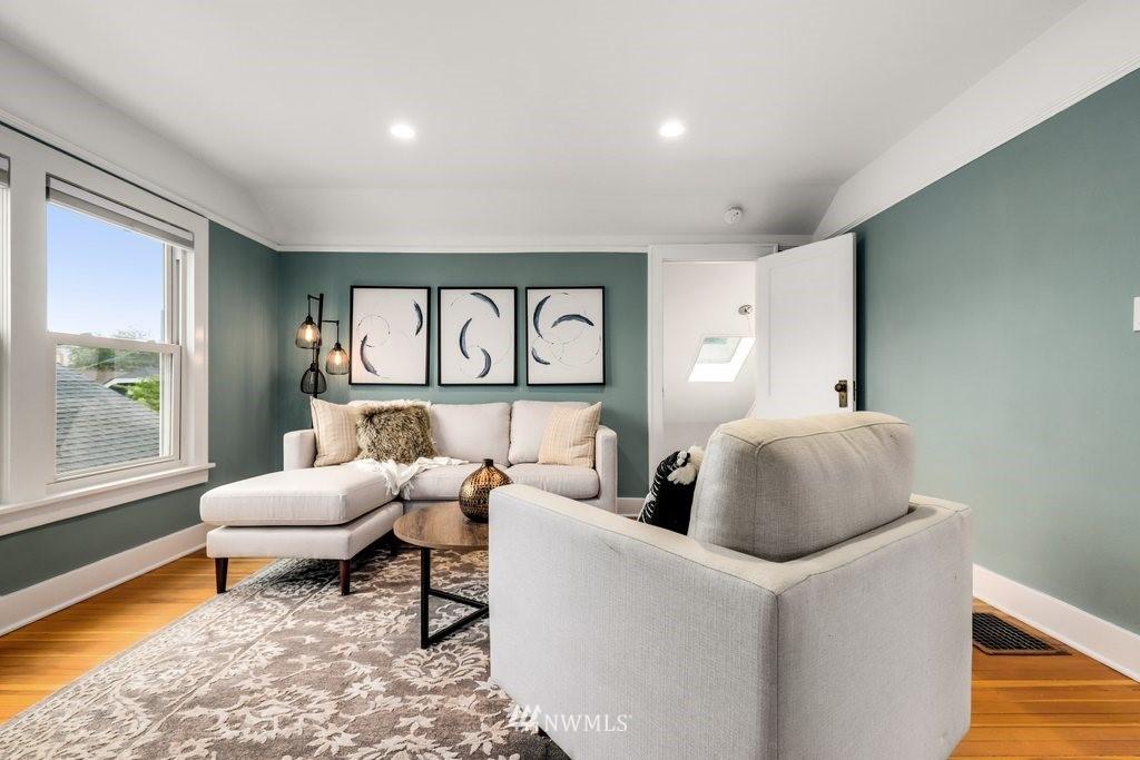Sold Property | 819 NE 58th Street Seattle, WA 98105 16