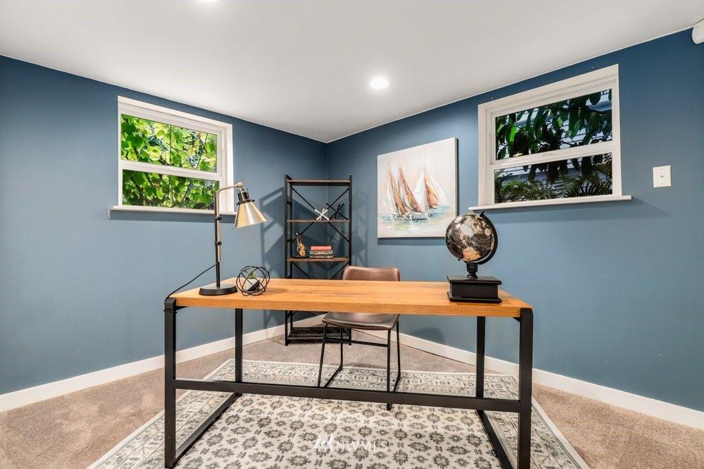 Sold Property | 819 NE 58th Street Seattle, WA 98105 29