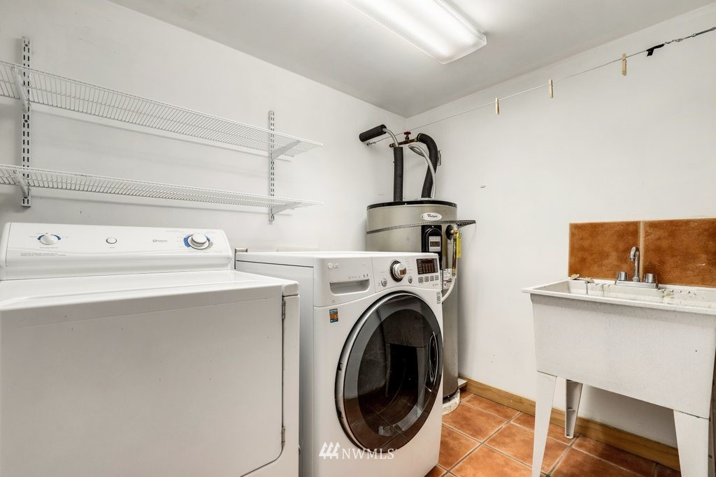 Sold Property | 819 NE 58th Street Seattle, WA 98105 31