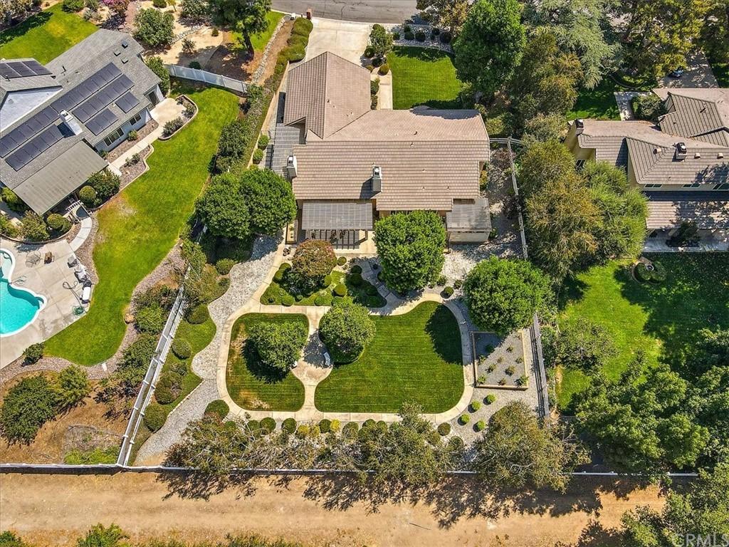 Pending | 5960 Layton Street Rancho Cucamonga, CA 91737 37