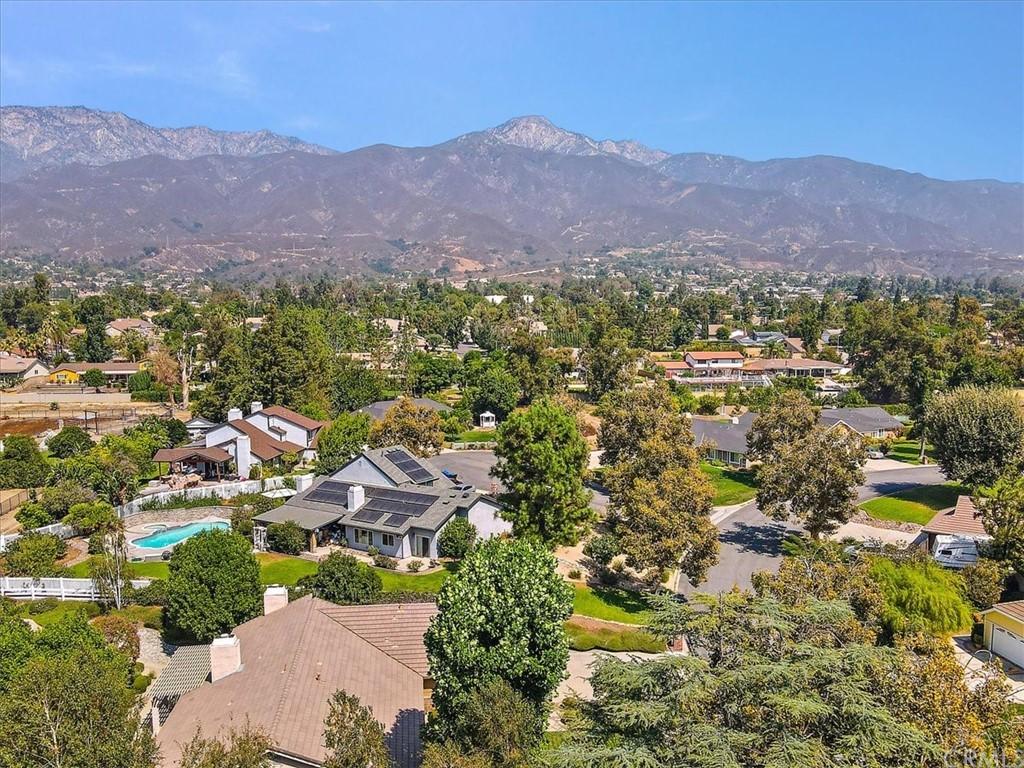 Pending | 5960 Layton Street Rancho Cucamonga, CA 91737 35