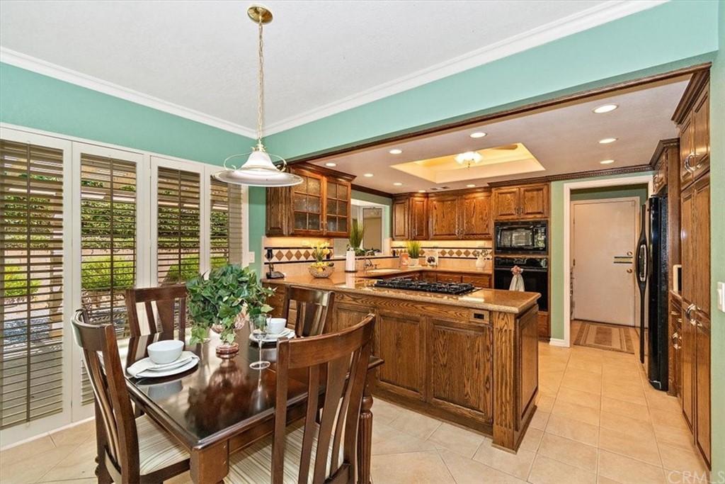 Pending | 5960 Layton Street Rancho Cucamonga, CA 91737 10