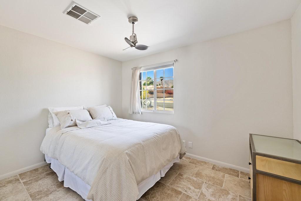 Active   54074 Avenida Villa La Quinta, CA 92253 4