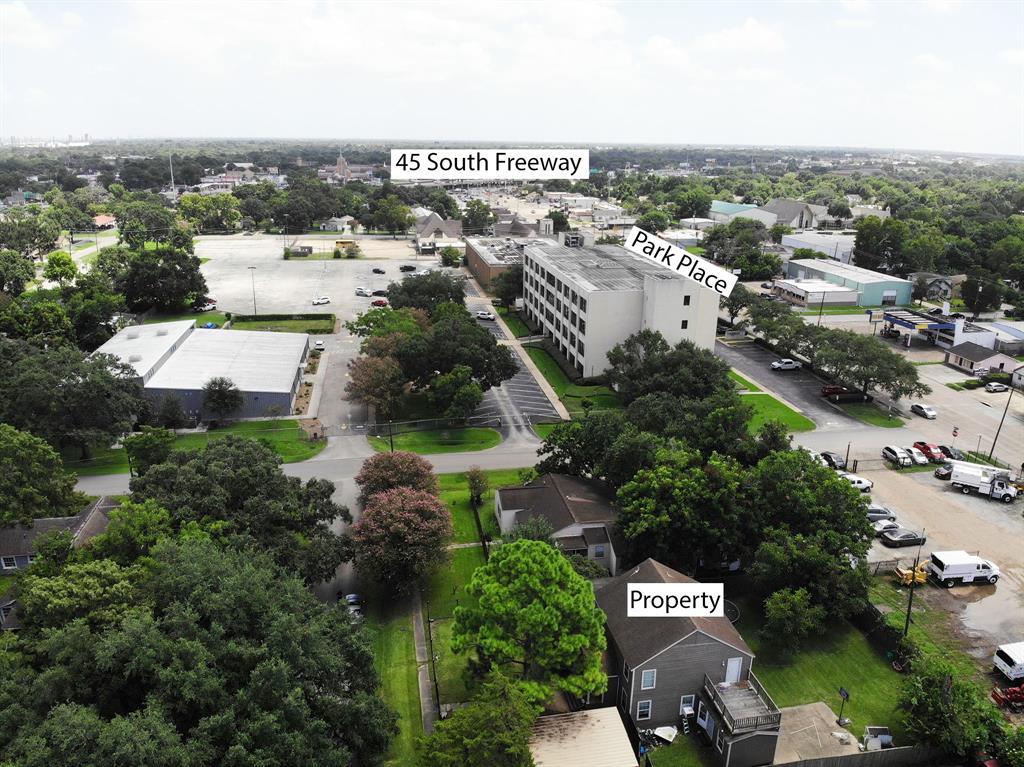 Active | 7724 Camwood Street Houston, Texas 77087 26