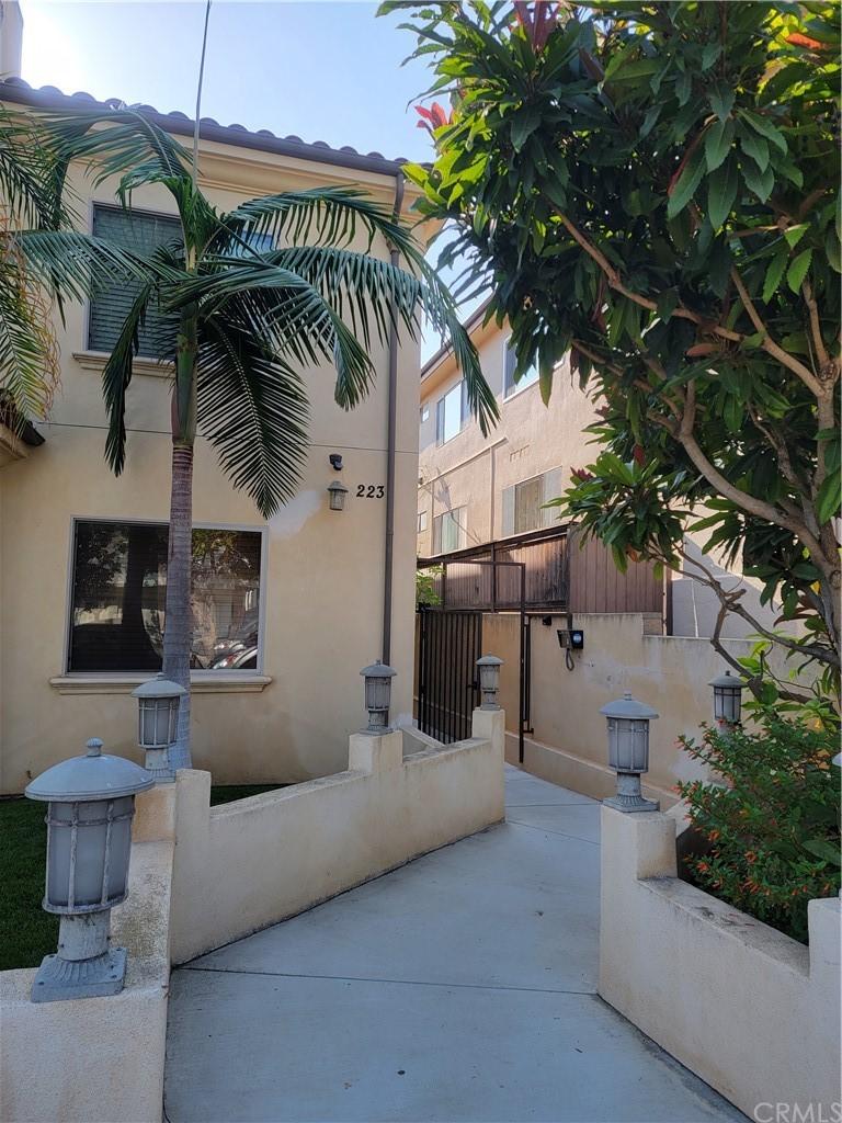 townhouses for sale in el segundo | 223 Penn Street #B El Segundo, CA 90245 1