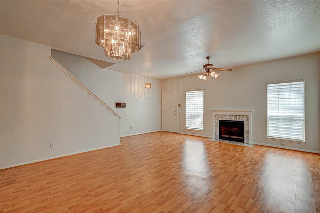 Option Pending   3062 Holly Hall Street Houston, Texas 77054 10