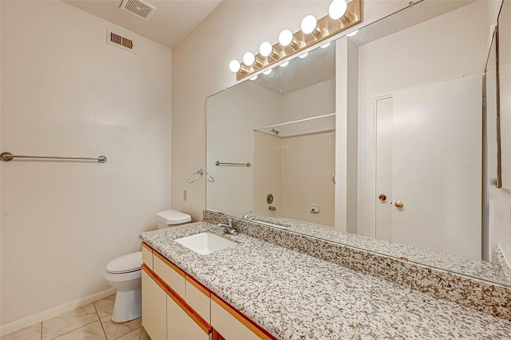 Option Pending   3062 Holly Hall Street Houston, Texas 77054 30