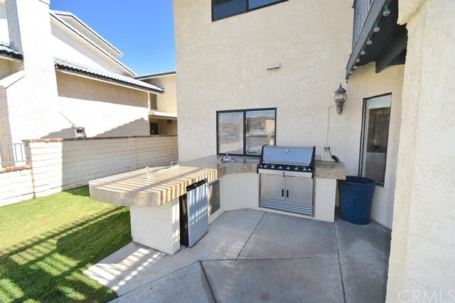Pending   13588 Pyramid Drive Victorville, CA 92395 39