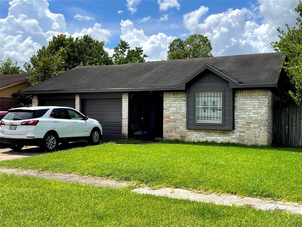 Active   11814 Bay Cedar Drive Houston, Texas 77048 4