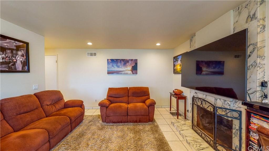ActiveUnderContract | 10353 Orange Street Alta Loma, CA 91737 15