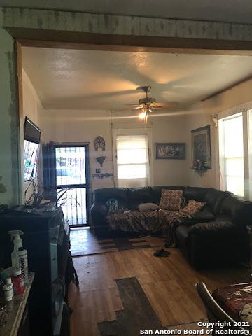 Active Option   814 S SAN EDUARDO AVE San Antonio, TX 78237 8