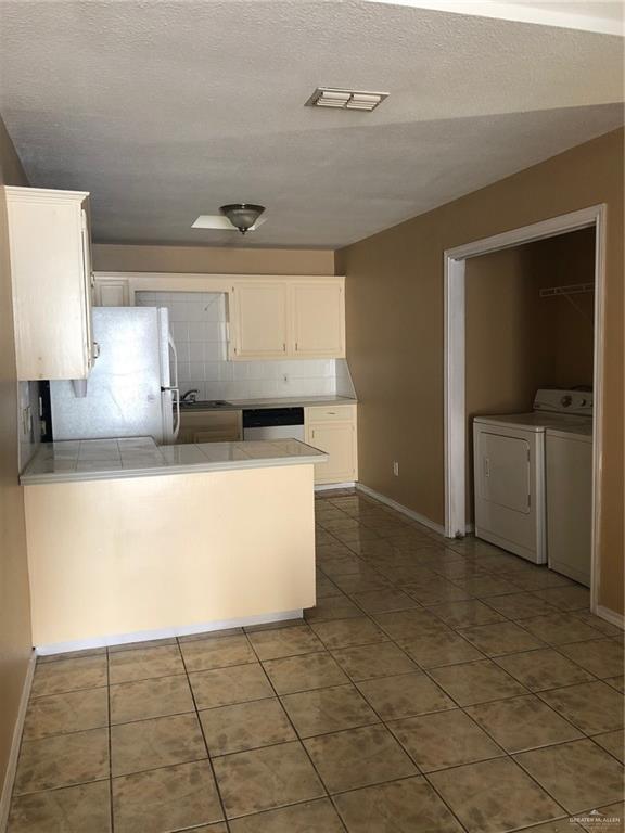 Off Market | 2201 Kimberly Lane Edinburg, TX 78541 4
