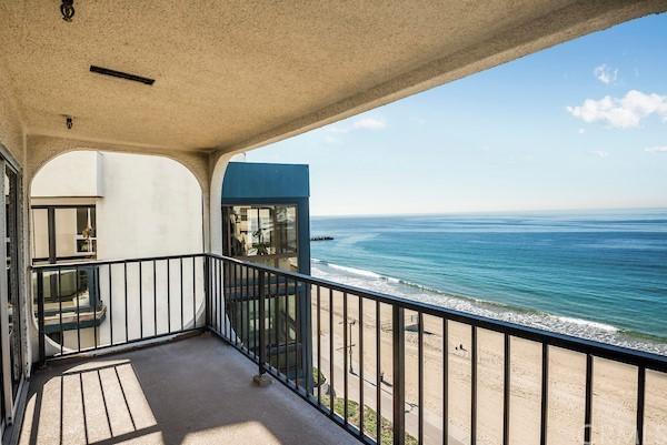Active | 565 Esplanade #216 Redondo Beach, CA 90277 4