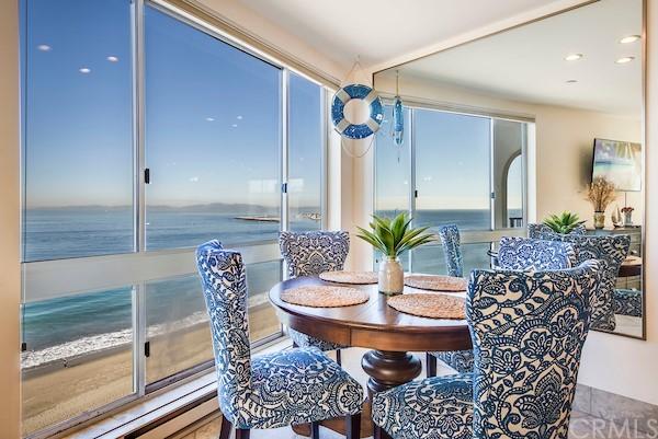 Active | 565 Esplanade #216 Redondo Beach, CA 90277 12