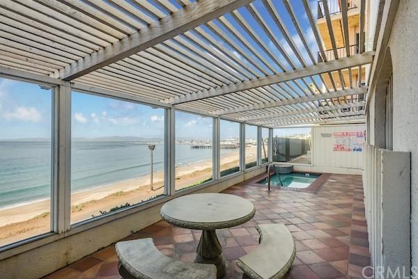 Active | 565 Esplanade #216 Redondo Beach, CA 90277 25