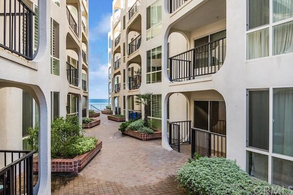 Active | 565 Esplanade #216 Redondo Beach, CA 90277 24
