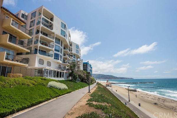 Active | 565 Esplanade #216 Redondo Beach, CA 90277 22