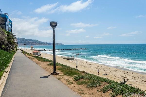 Active | 565 Esplanade #216 Redondo Beach, CA 90277 20