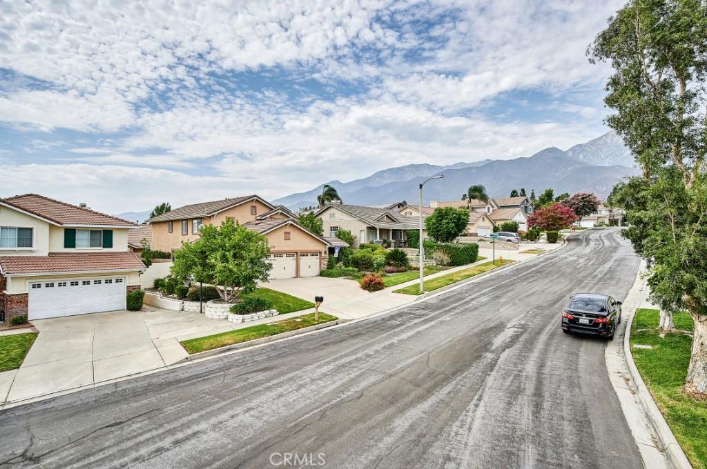 ActiveUnderContract   6090 San Felipe Court Rancho Cucamonga, CA 91737 2