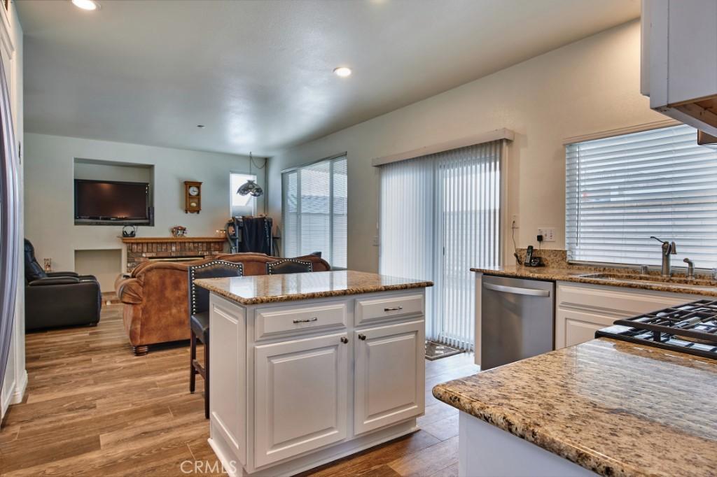 ActiveUnderContract   6090 San Felipe Court Rancho Cucamonga, CA 91737 13
