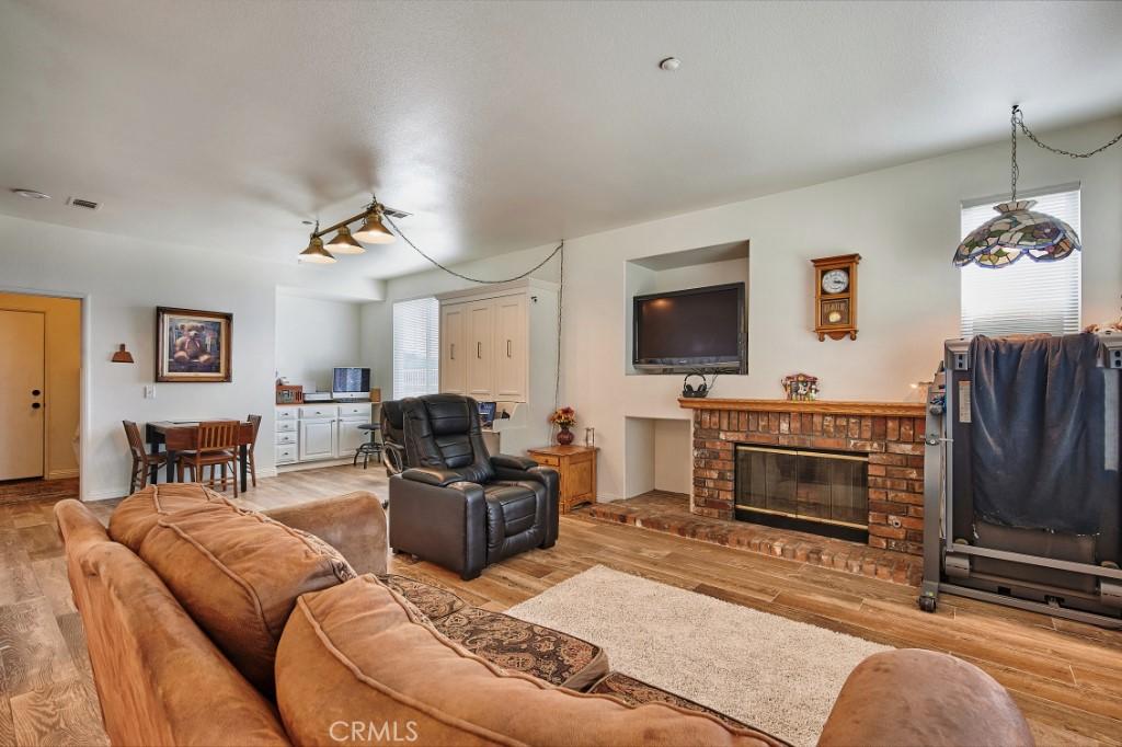 ActiveUnderContract   6090 San Felipe Court Rancho Cucamonga, CA 91737 18