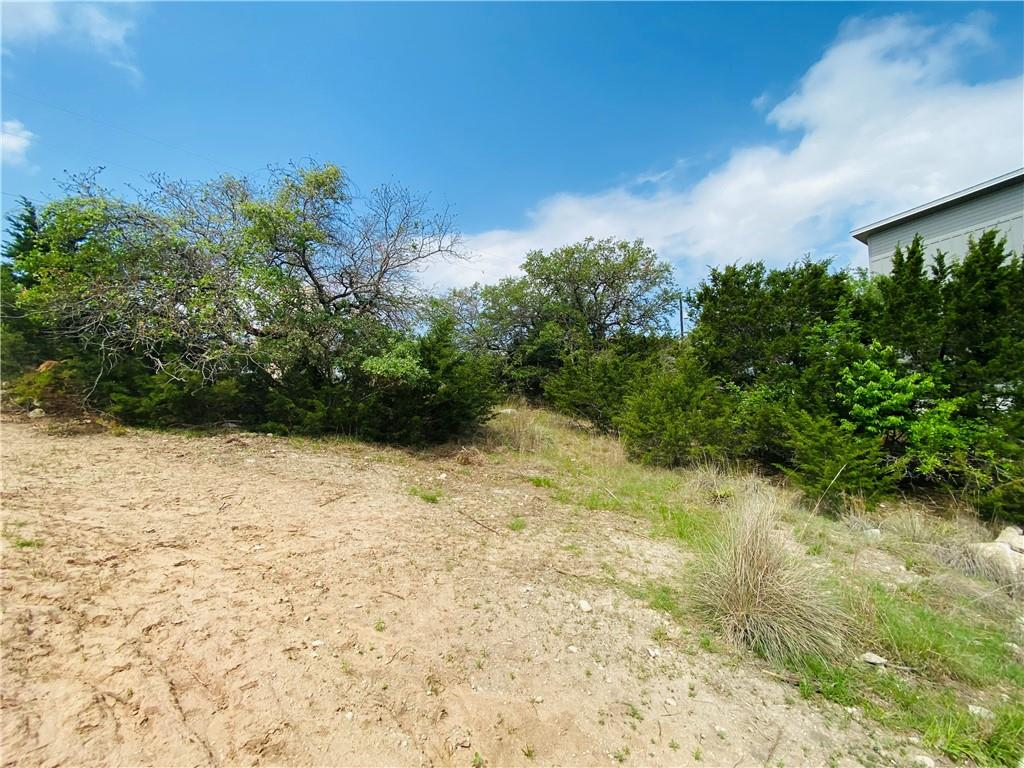 Active | 10706 Lake Park Drive Dripping Springs, TX 78620 5