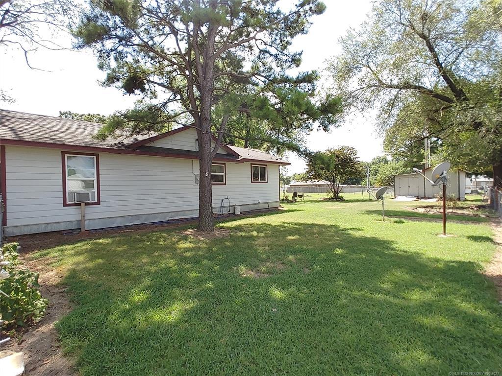 Off Market   209 N Mayes Street Locust Grove, Oklahoma 74352 14