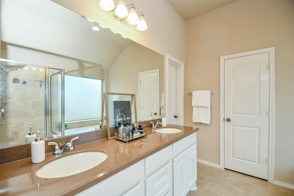 Pending | 13612 Evening Wind Drive Pearland, Texas 77584 20