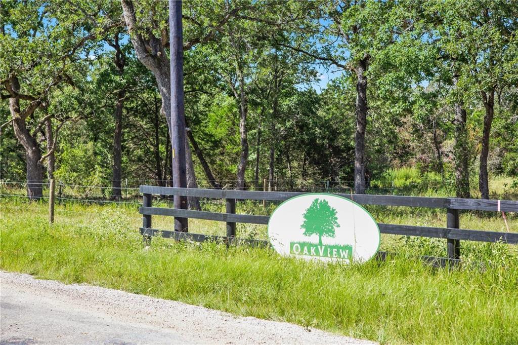 Active | 1136 Oak View Lane Thrall, TX 76578 5