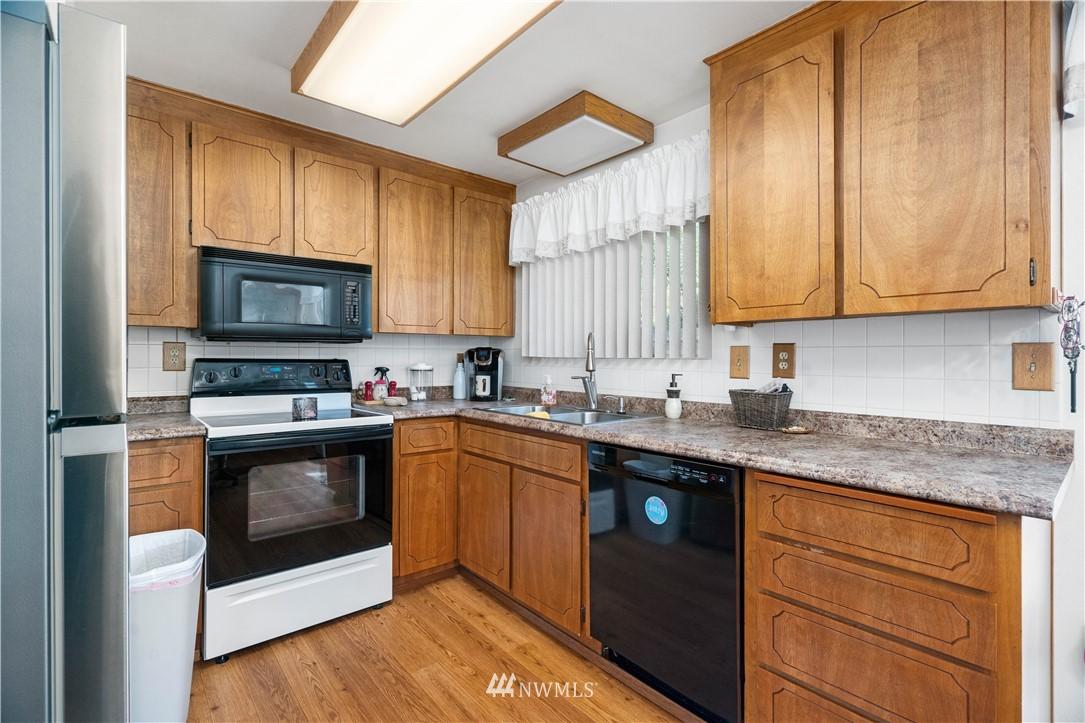 Sold Property | 28840 41st Avenue S Auburn, WA 98001 9