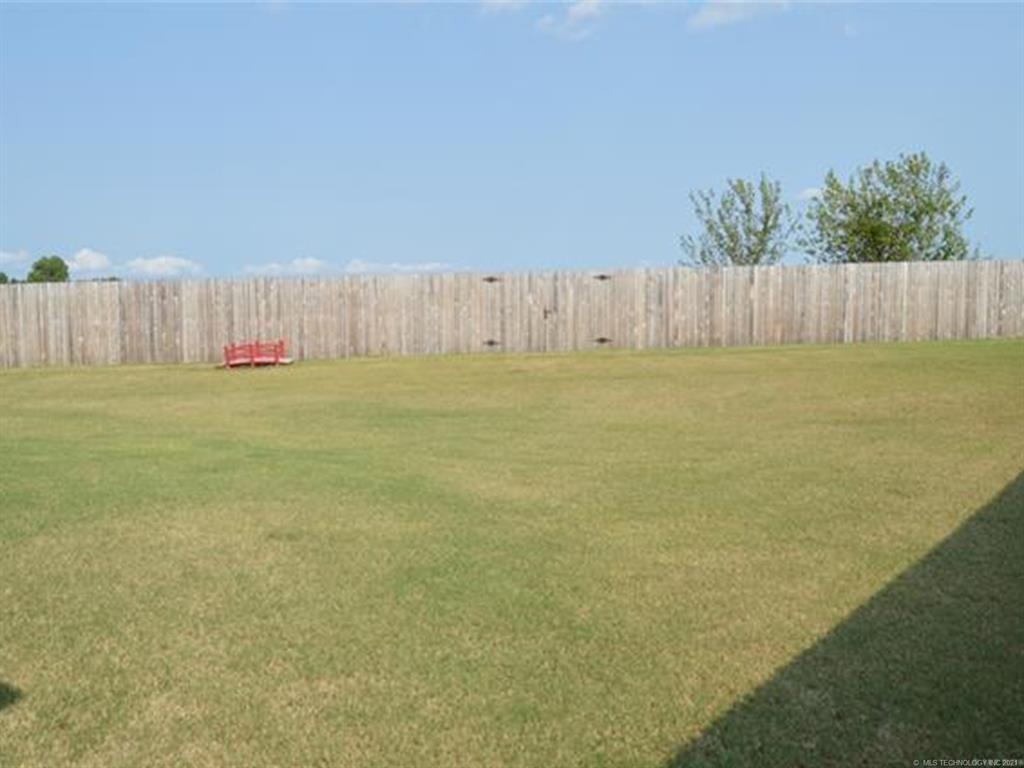 Off Market   11101 N 133rd East Avenue Owasso, Oklahoma 74055 3