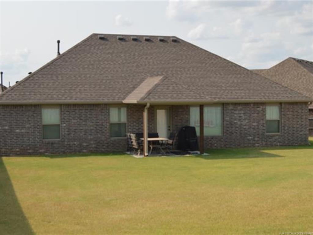 Off Market   11101 N 133rd East Avenue Owasso, Oklahoma 74055 4