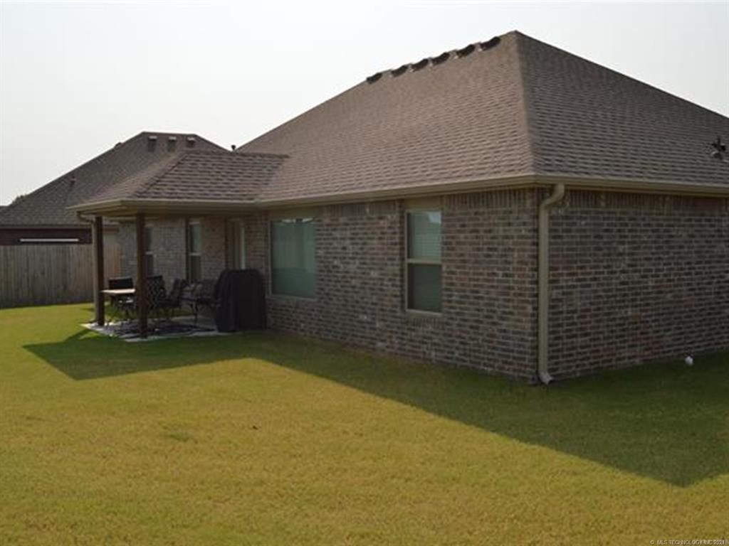 Off Market   11101 N 133rd East Avenue Owasso, Oklahoma 74055 5