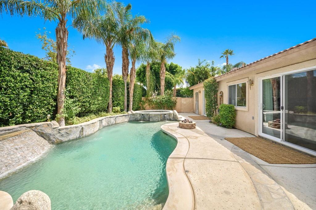 ActiveUnderContract   45460 Coldbrook Lane La Quinta, CA 92253 15