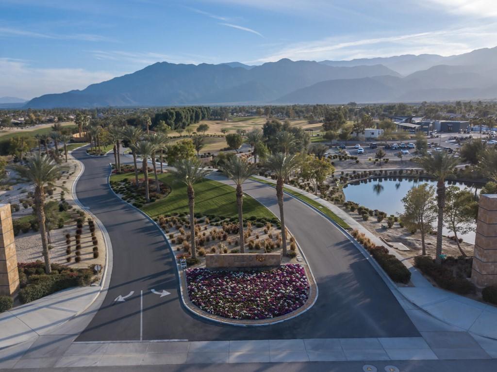 Pending   81816 Daniel Drive La Quinta, CA 92253 20