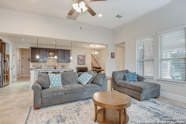 Active Option | 8907 Cimarron Route San Antonio, TX 78255 12